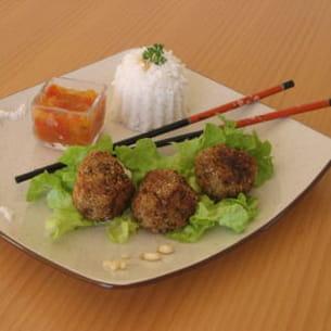 boulettes de viande enrobées de noix de coco