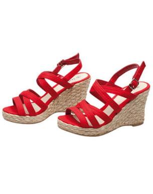 les sandales compensées de tissaia