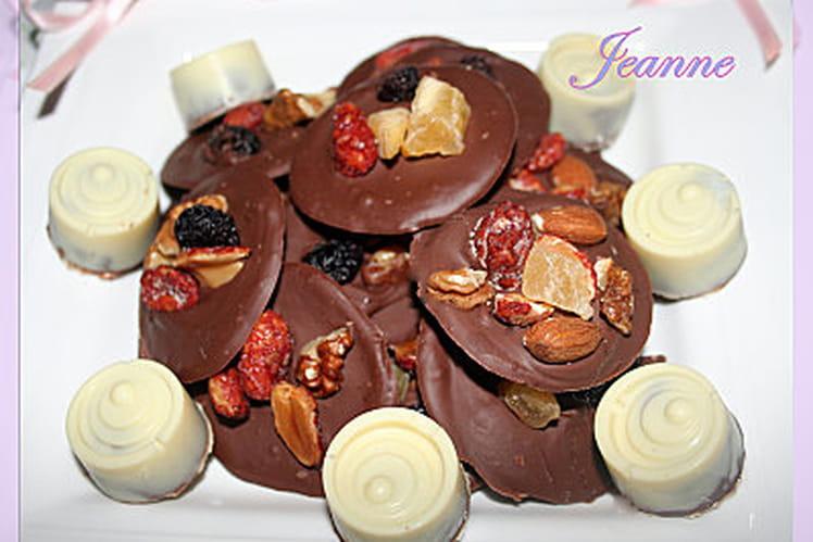 Mendiants au lait et chocolats fourrés au Nutella