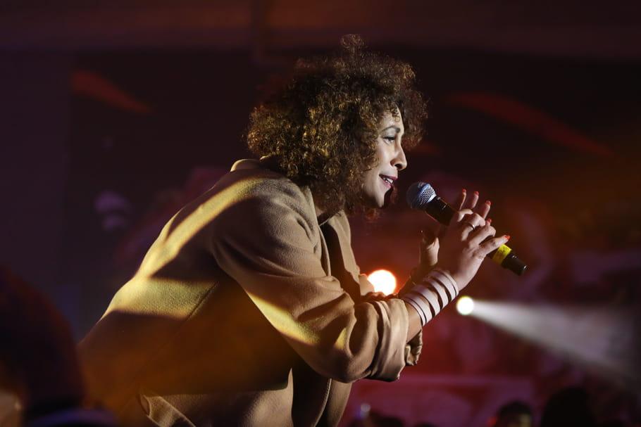 """Juliette Fievet, journaliste sur RFI: """"Soprano et Gims ont remplacé Florent Pagny"""""""