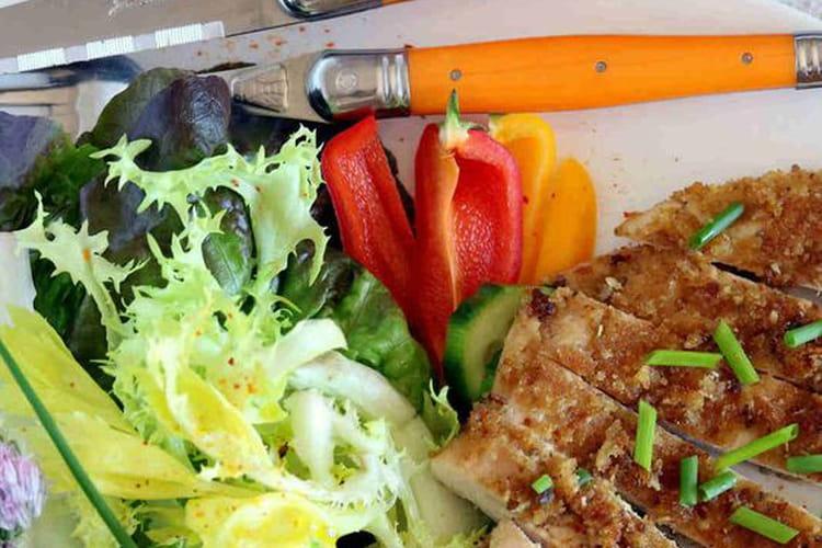 Salade au poulet croustillant