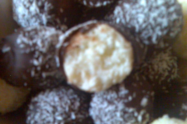 Bouchées noix de coco sans sucre