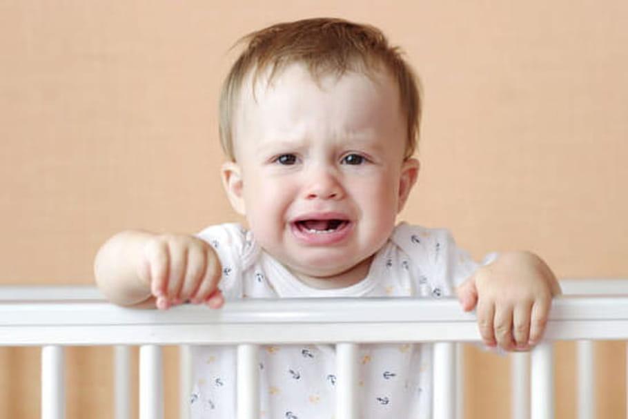 Mon bébé ne dort pas: comment l'aider?