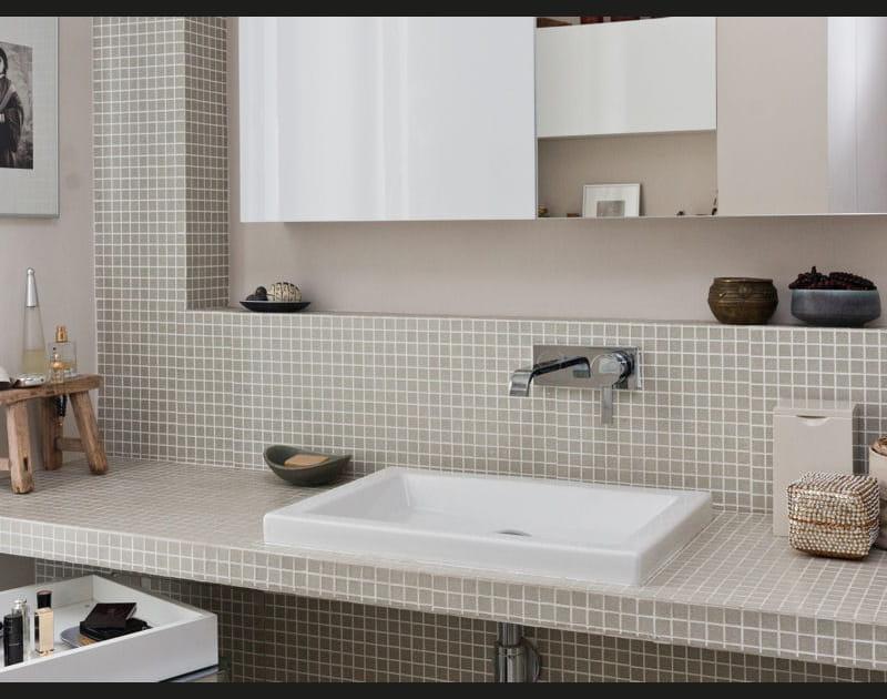Une salle d'eau féminine