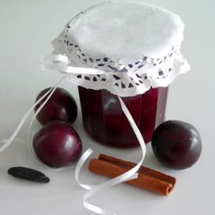 confiture de prunes et mûres à la cannelle