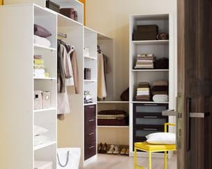dressing spaceo de leroy merlin. Black Bedroom Furniture Sets. Home Design Ideas