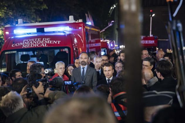 Emmanuel Macron et des membres du gouvernement à Notre-Dame de Paris
