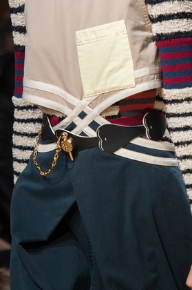 Jw Anderson (Close Up) - photo 31