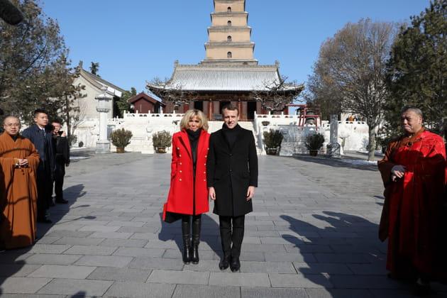 Devant la Grande pagode de l'oie sauvage, en Chine