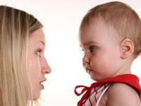 le contexte social est impactant sur la construction du langage de l'enfant.