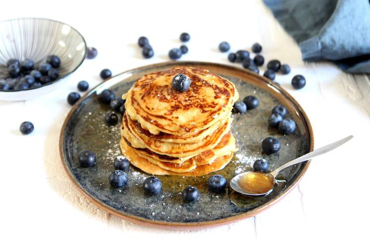 Pancakes à la crème fraîche parfumés au miel