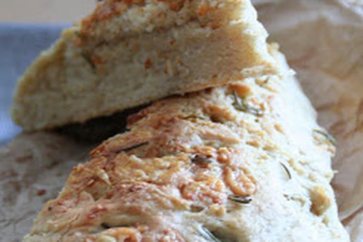 Focaccia romarin et parmesan à la fleur de sel