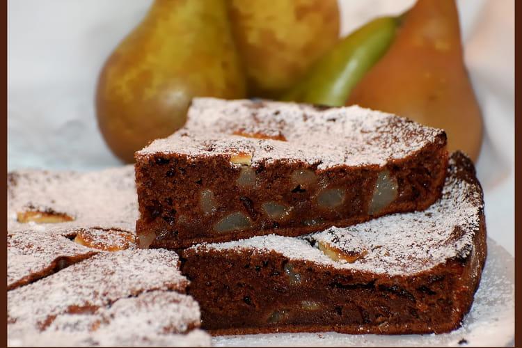 Gâteau aux poires et chocolats