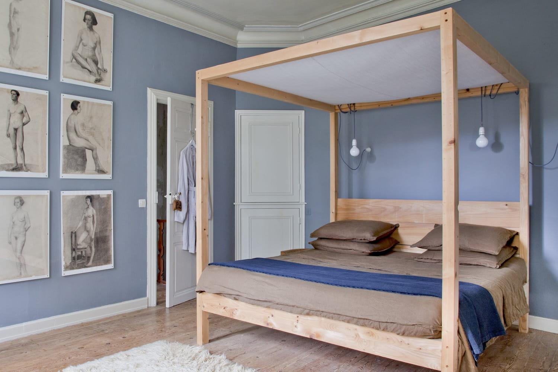 Ciel de lit: bien le choisir et l'utiliser dans la chambre d'adulte