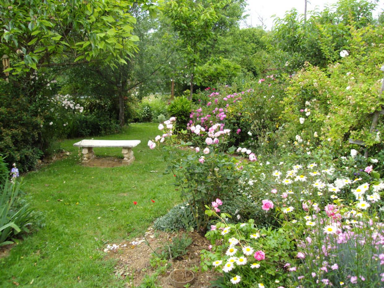 Petit rond du banc for Banc anglais jardin