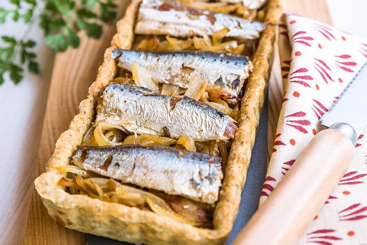 Tarte provençale aux sardines et aux oignons