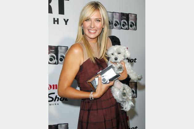 Maria Sharapova et son petit chien