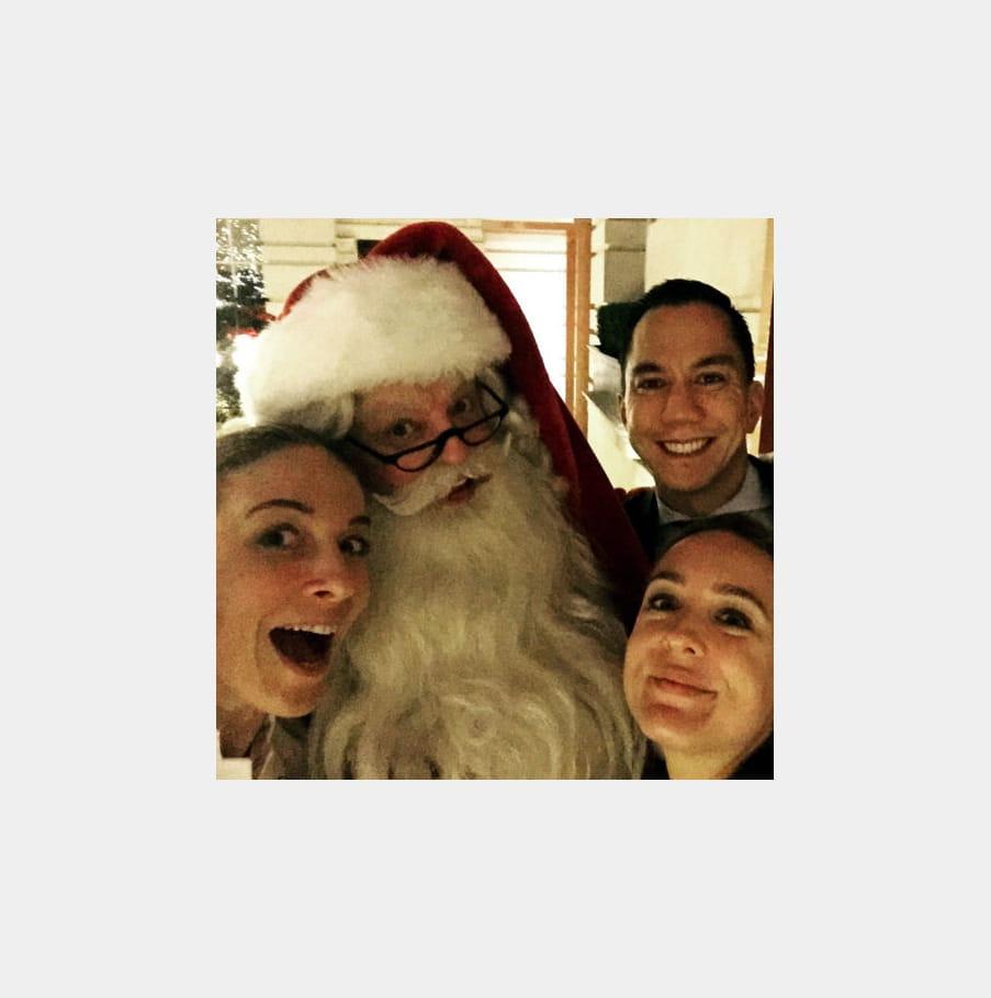 Le Père Noël visite Amandine Chaignot