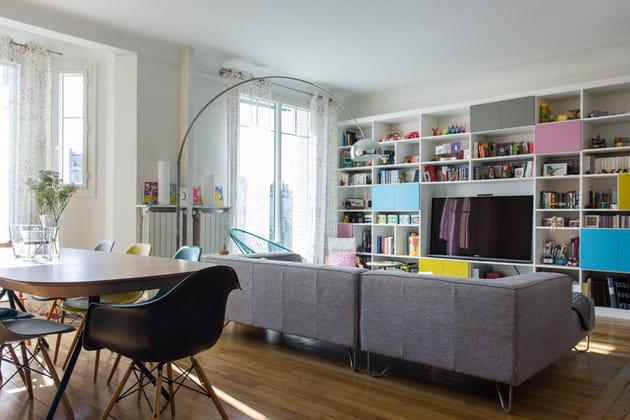 Un appartement acidulé pour une famille nombreuse