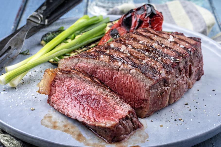 Comment cuire parfaitement un pavé de bœuf?