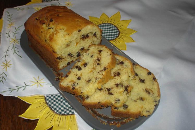 Cake aux pépites de chocolat et écorces d'orange