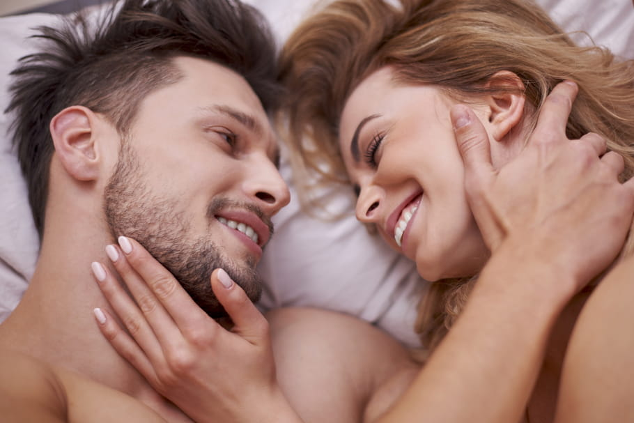 Sexualité après l'accouchement : les couples attendent en moyenne... 58 jours