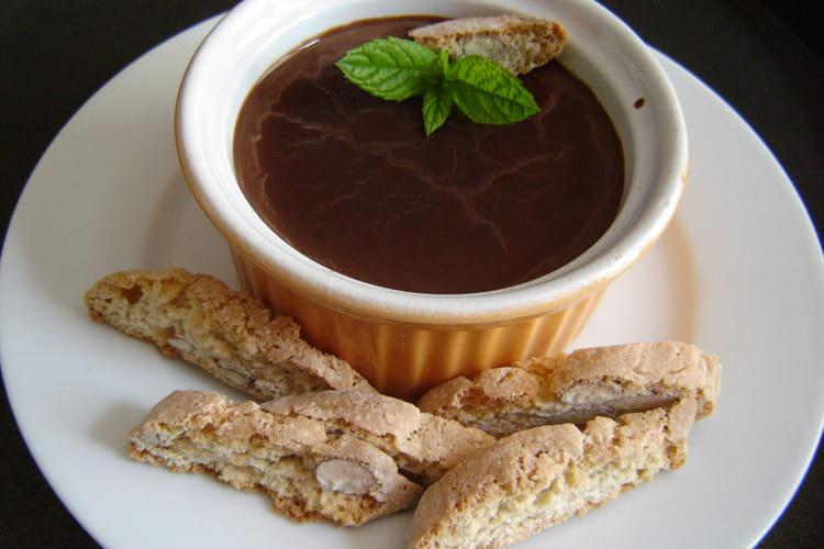 Crèmes au chocolat individuelles