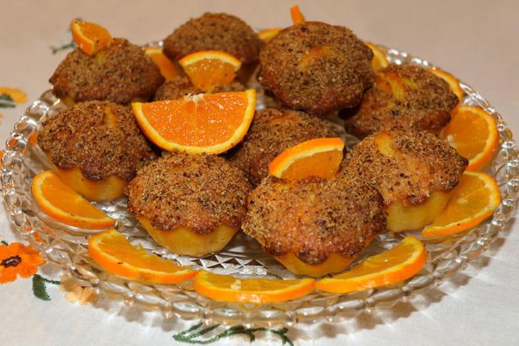 Muffins à l'orange et craquelin aux noisettes