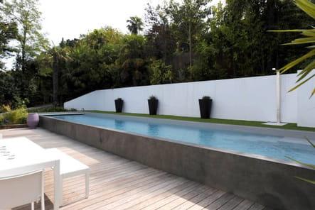 Couloir de nage contemporain-Carré bleu