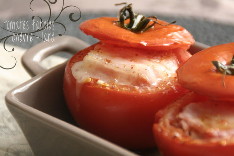 Tomates farcies chèvre - lard