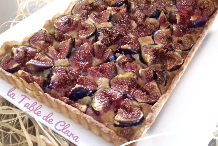Recette de tarte aux figues et poudre d 39 amandes - Cuisiner des figues fraiches ...