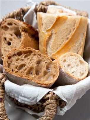 pendant votre cure détox, préférez le pain complet.