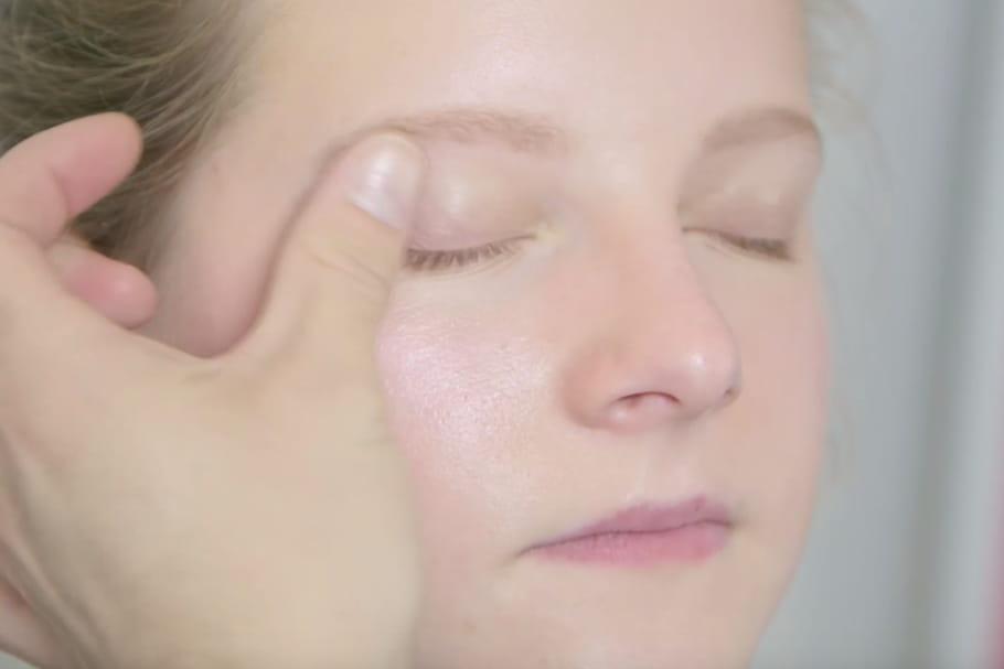 Comment réaliser un maquillage sans pinceaux ?