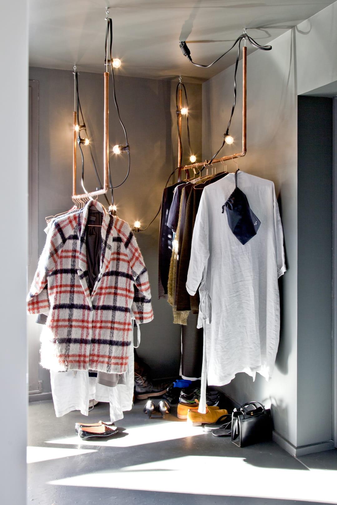 comment am nager un studio. Black Bedroom Furniture Sets. Home Design Ideas