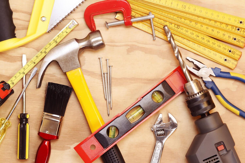 Les outils indispensables pour se lancer dans le bricolage à la maison