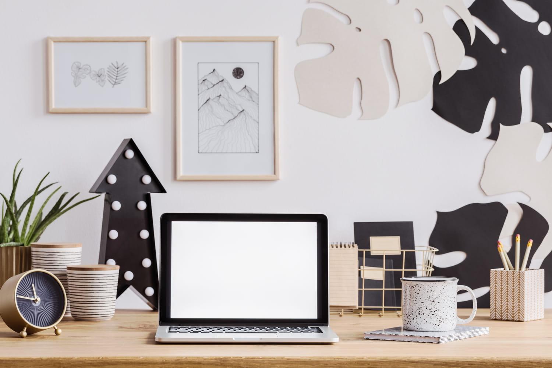 Les erreurs à éviter en télétravail pour améliorer le confort de son bureau