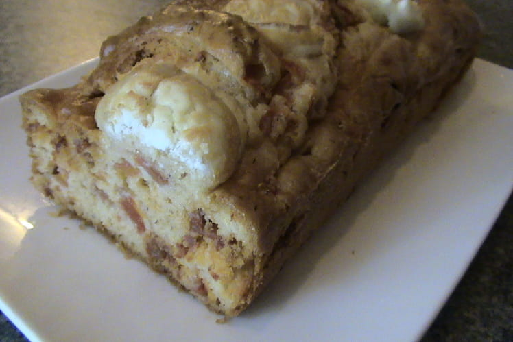 Cake au chorizo et au chèvre