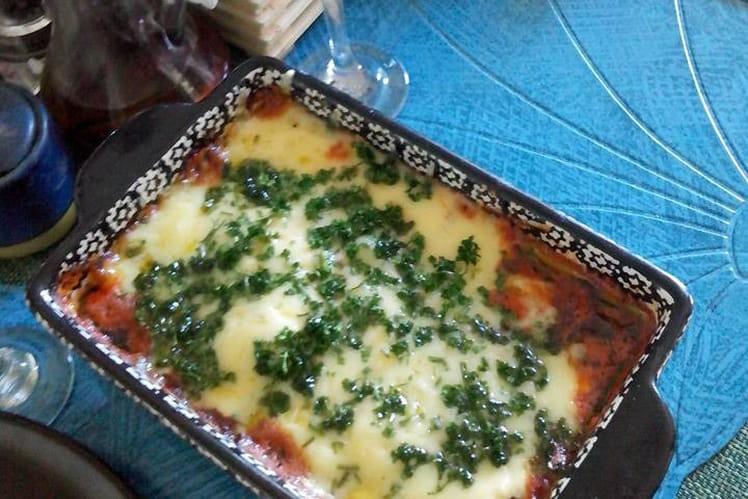 Filet de poisson aux tomates concassées et aromates