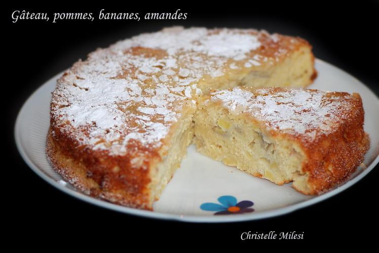 Gâteau familial pommes, bananes, amandes