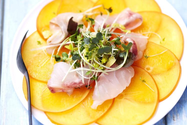 Carpaccio de Persimon & bar mariné au citron et à la fleur de sel