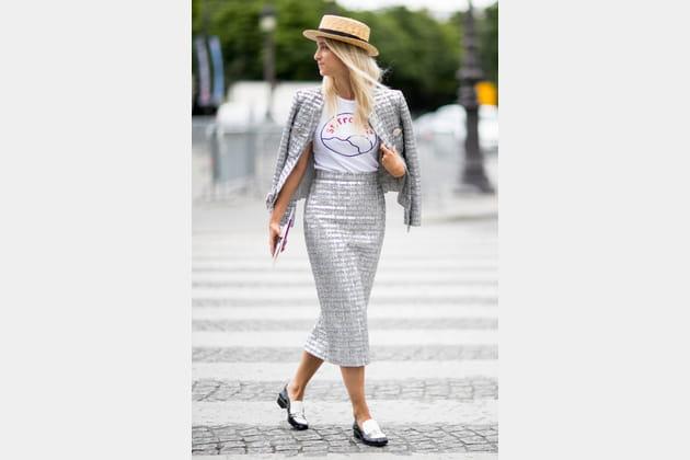 Street style à Paris : le tailleurs twisté