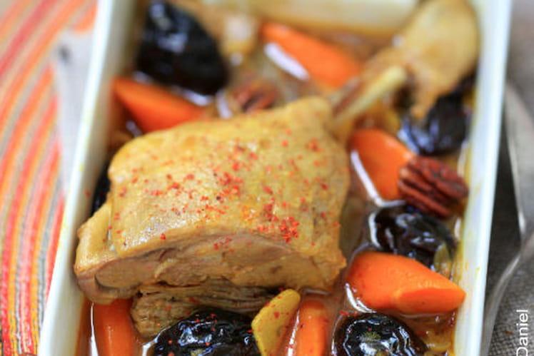 Tajine de Cuisse de Canard, Pruneaux, Piment d'Espelette et Noix de Pecans