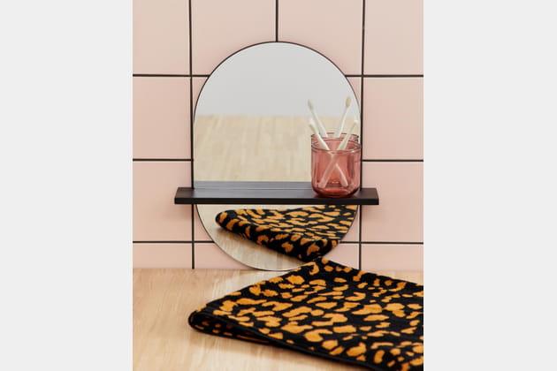 Miroir minimaliste avec étagère ASOS Supply