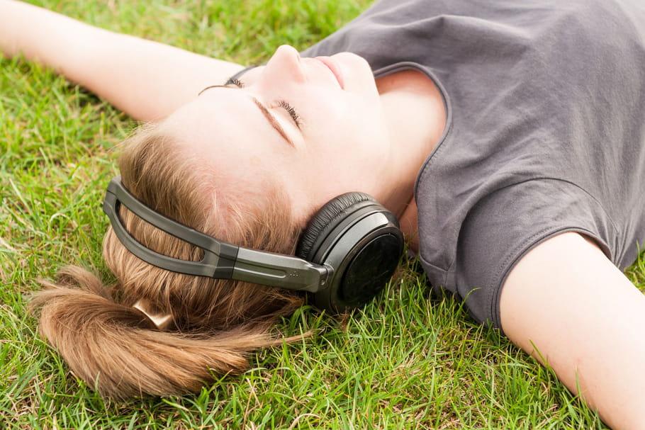 Stressé(e)s? Voici la chanson qui vous détendra à coup sûr
