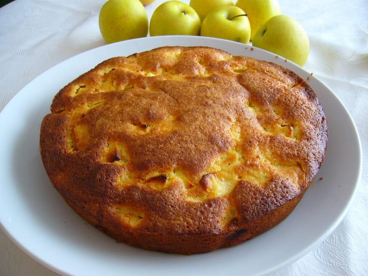 recette de gâteau moelleux aux pommes et aux amandes : la recette