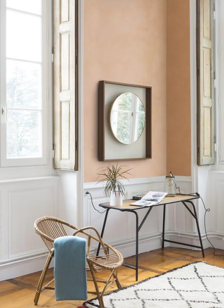 Un salon orange effet matière