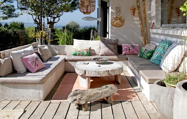 Comment protéger le mobilier de jardin en hiver ?