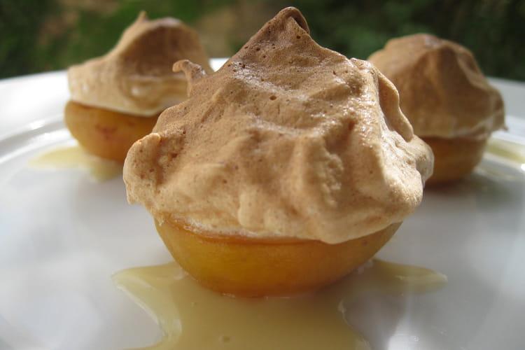 Abricots meringués en trio, crème au miel