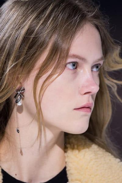 Louis Vuitton (Close Up) - photo 3