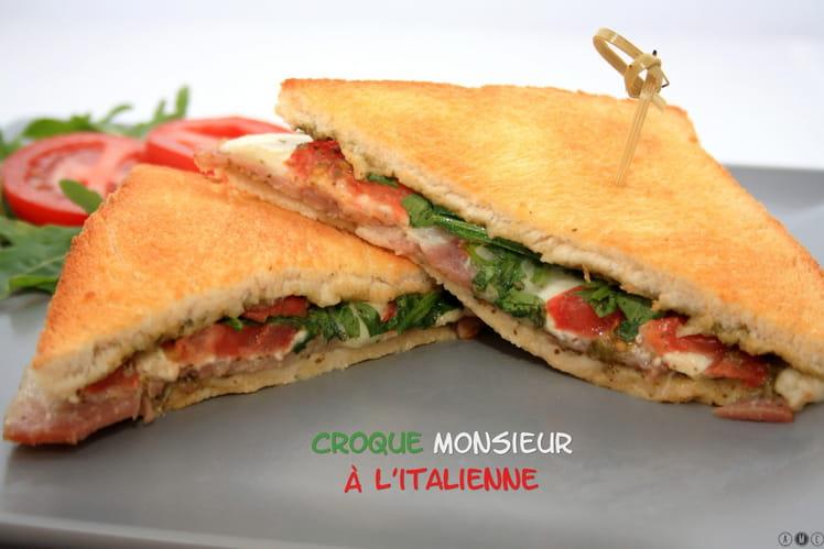 Croque-monsieur au jambon de Parme, mozza et pesto